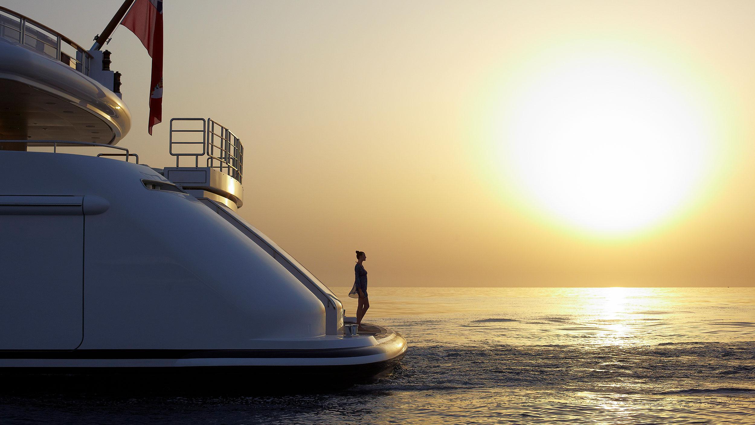 home-yacht2